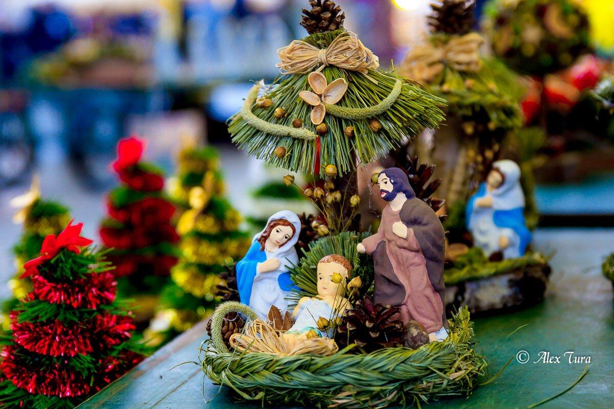 Czy wstydzimy się świąt,  Świętego Mikołaja, Gwiazdki i własnej tradycji?