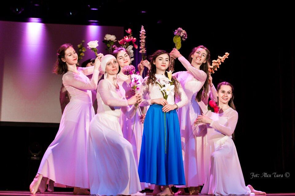 Lilia - spektakl na motywach historii Maryi, matki Jezusa
