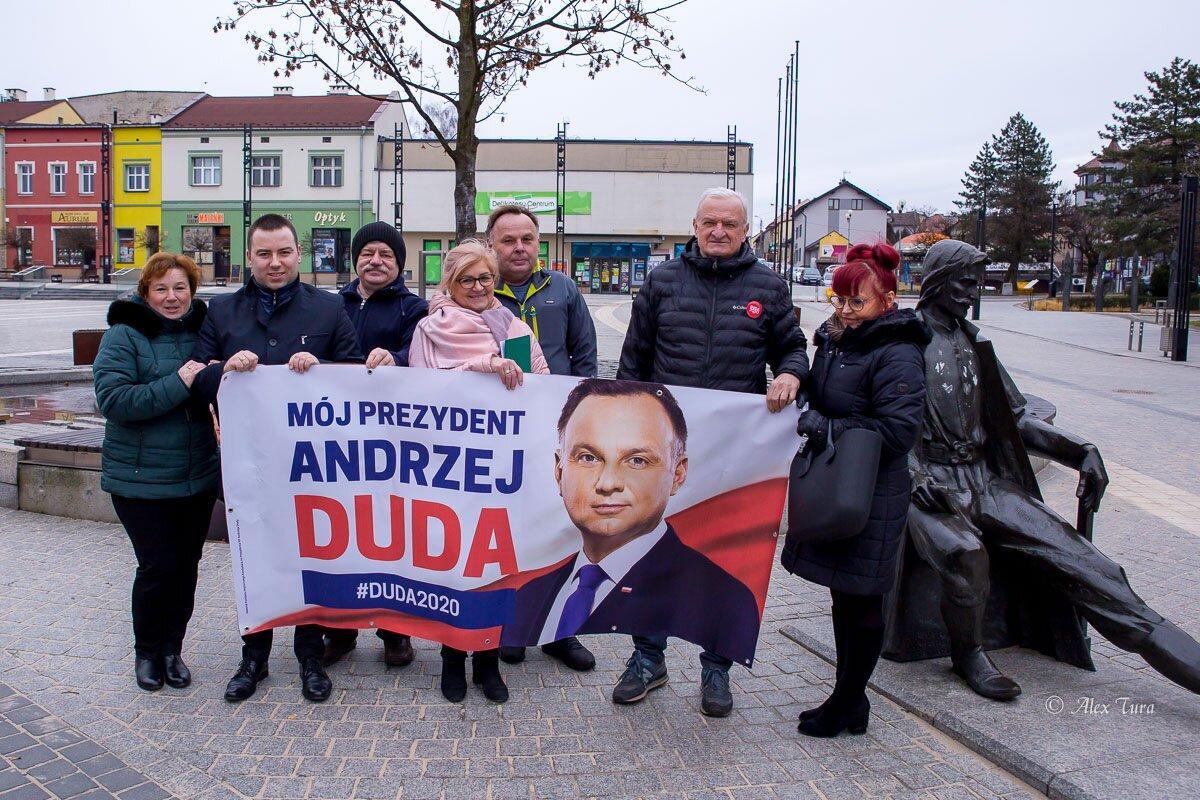 Kampania w toku - partie zbierają podpisy poparcia kandydatów